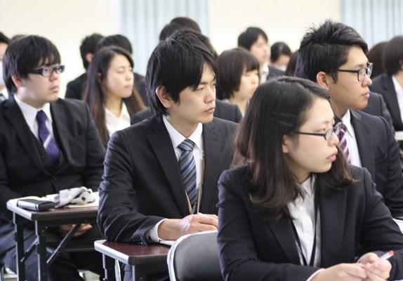 横浜リハビリテーション専門学校画像
